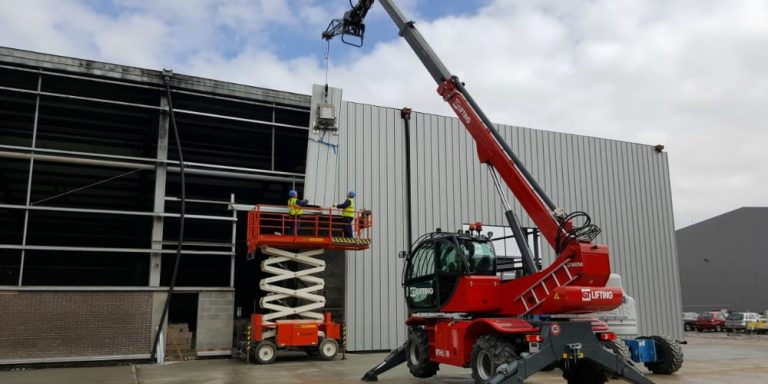 SCS-Roofing-Commercial-Cladding-Sussex.jpg
