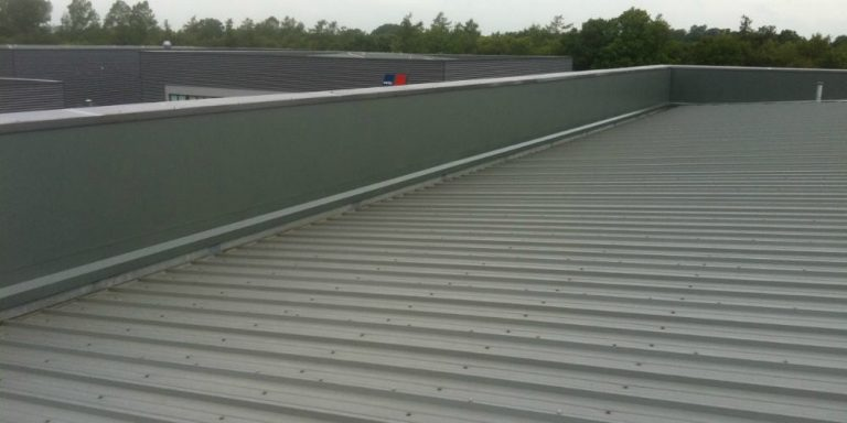 SCS-Roofing-Commercial-Roof-Extraction-Kent.jpg