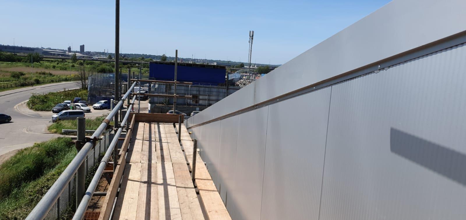Office repair to large Warehouse roof in Rainham, Essex
